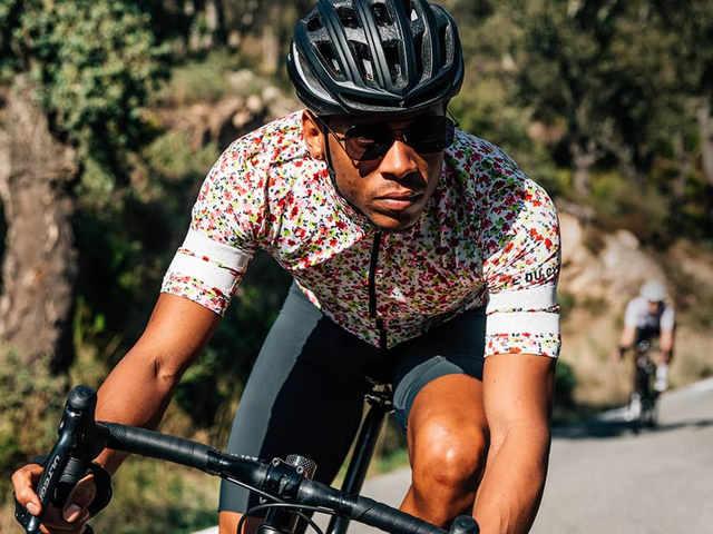 Cyklostezky rozkvétají novými dresy z jižní Francie