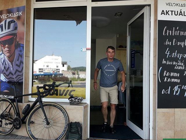 Sjet z cyklostezky v Modřanech a chvíli pobýt stylově ve VELOKLASIK