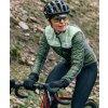 Dámská zimní cyklo bunda na kolo Merino ALBERTINE zelená Café du Cyclistewomen cycling jacket albertine green duotone 5[1]