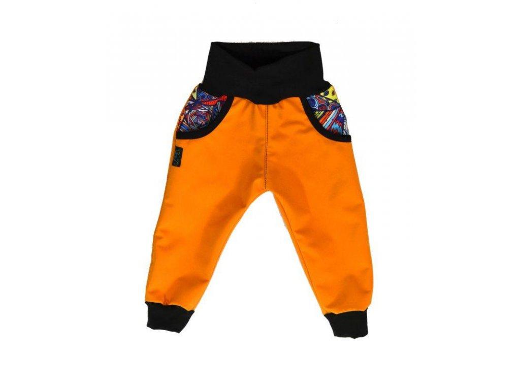 detske kalhoty softshellove rostouci med blaznive trojuhelniky