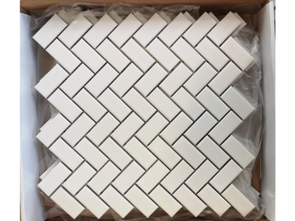 mozaika keramicka obdelnik skladba na rybi kost bila matna vinci obklady