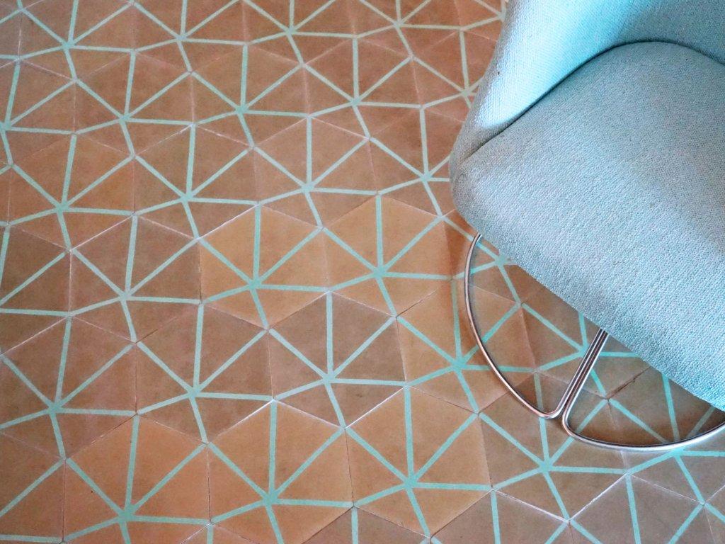 Hexa Insectes cementová dlažba hexagon 20x23 - různé barvy