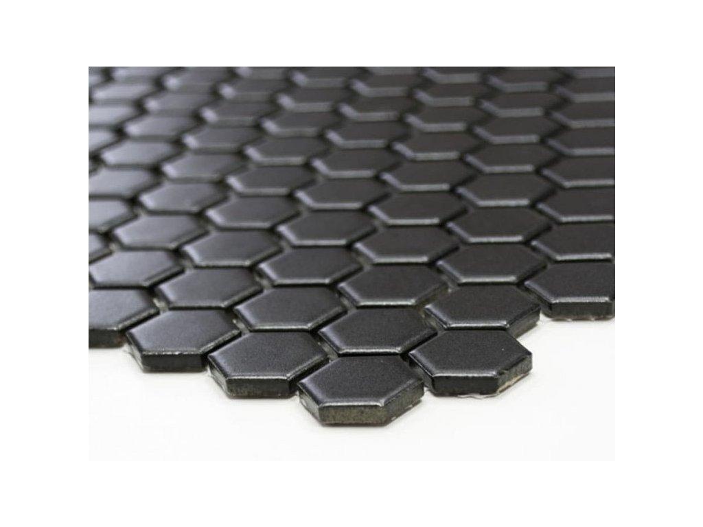 hexagon mozaika cerna matna 01