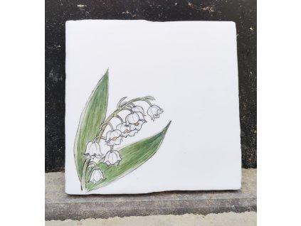obklad bily rucne malovany konvalinky v rohu vinciobklady