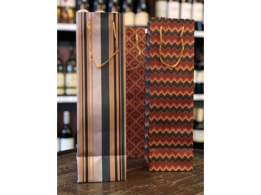 Papírová dárková taška na víno