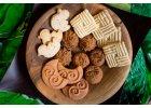 Sušenky, tyčinky, bonbony