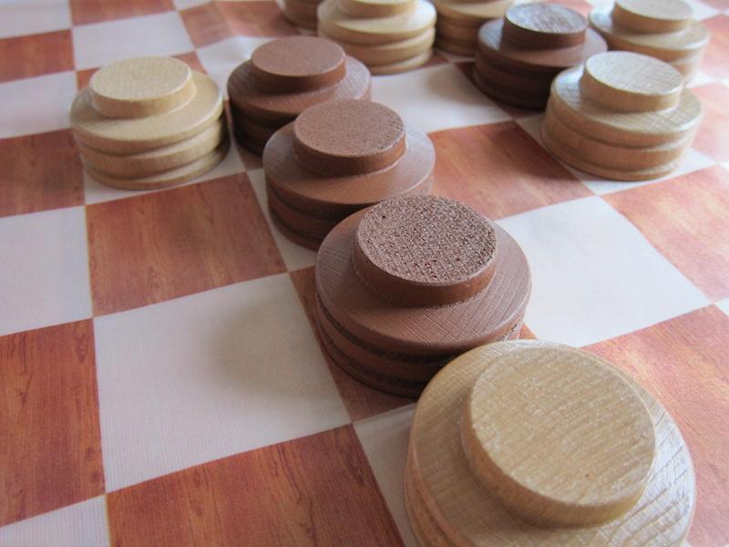 Piškvorky - (dřevěné) Hra + hrací plocha: ubrus (120x120cm)