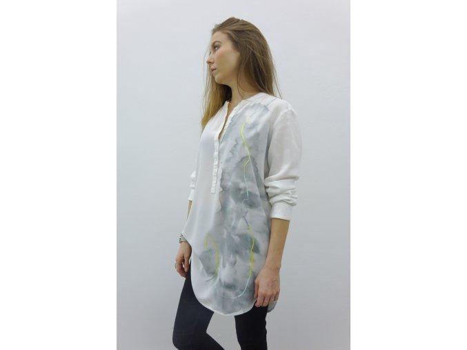 Bílá košile s akvarelovou výšivkou