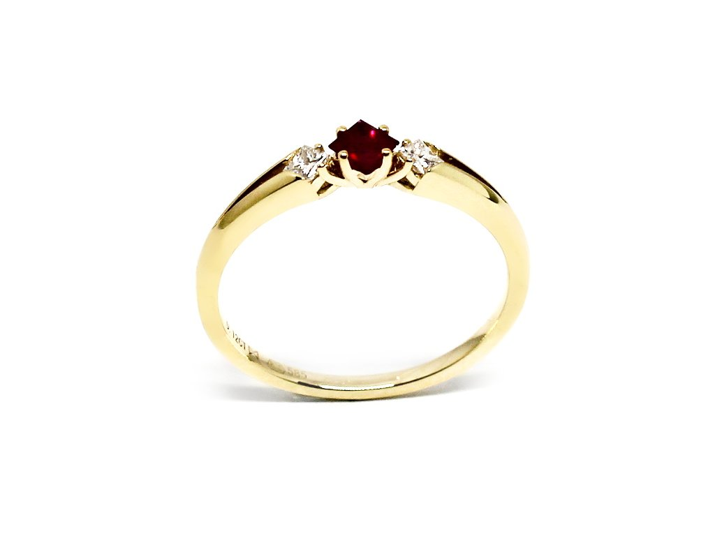Prsten s rubínem s diamanty Delta