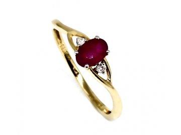 Prsten s rubínem a diamanty Ema