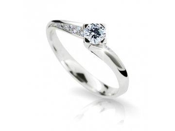 Zlatý prsten z bílého zlata se zirkony zásnubní