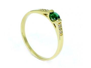 Zlatý prsten se zeleným kamenem a zirkony  Liv