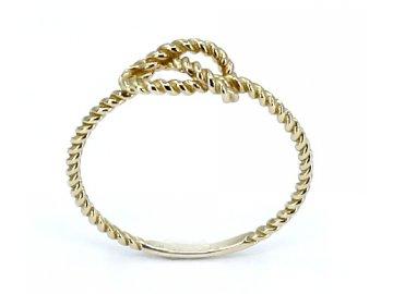 Zlatý prsten uzel