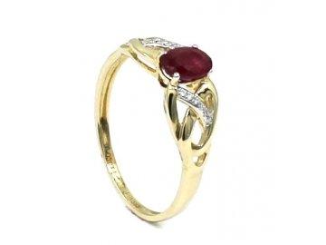 Prsten s rubínem a diamanty 0.54ct