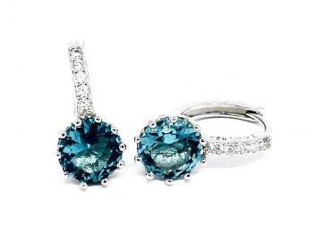 Stříbrné kruhy s modrým zirkonem