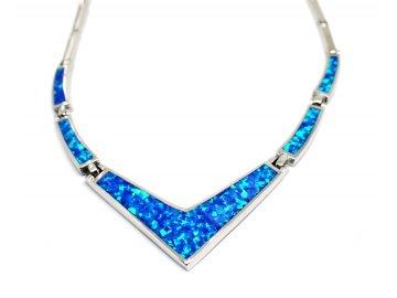Stříbrný náhrdelník s opálem