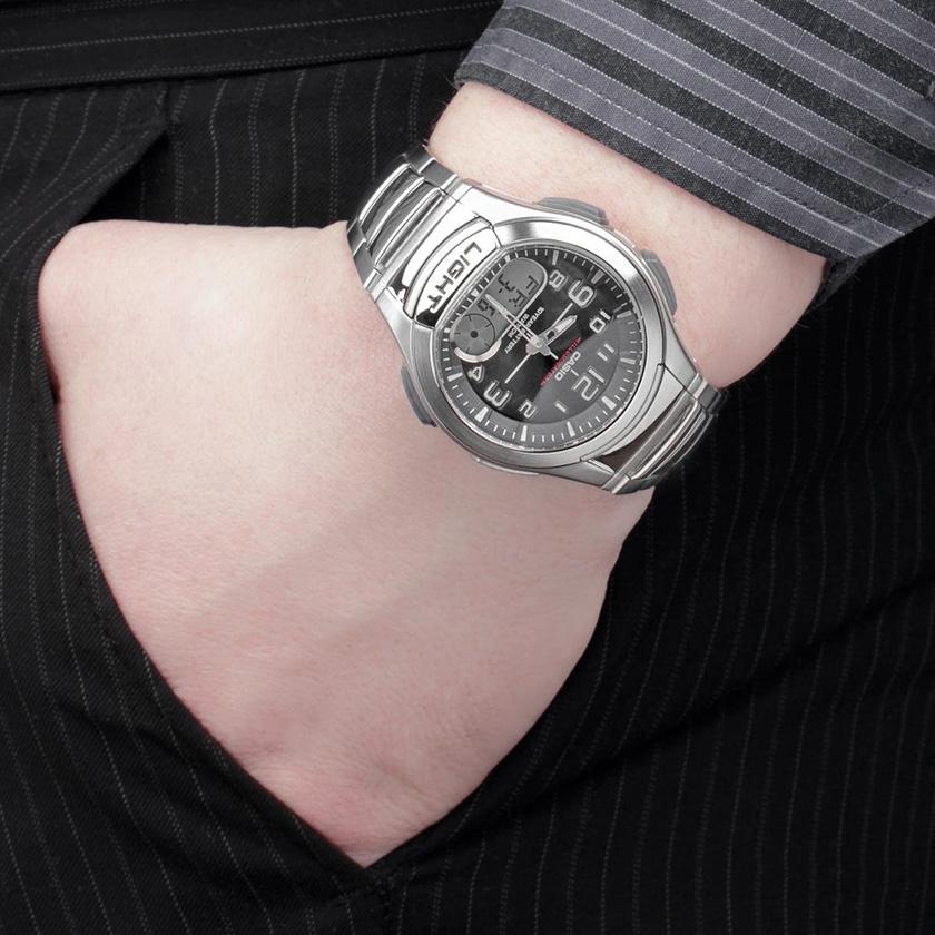 Pánské hodinky Casio AQ-180D-1B