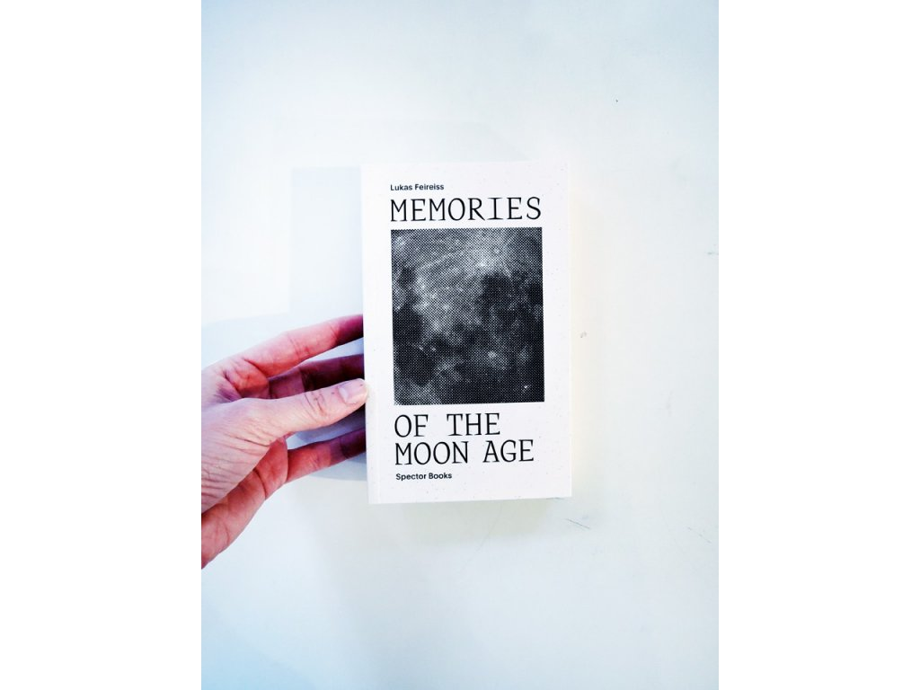 14846 1 memories of the moon age lukas feireiss