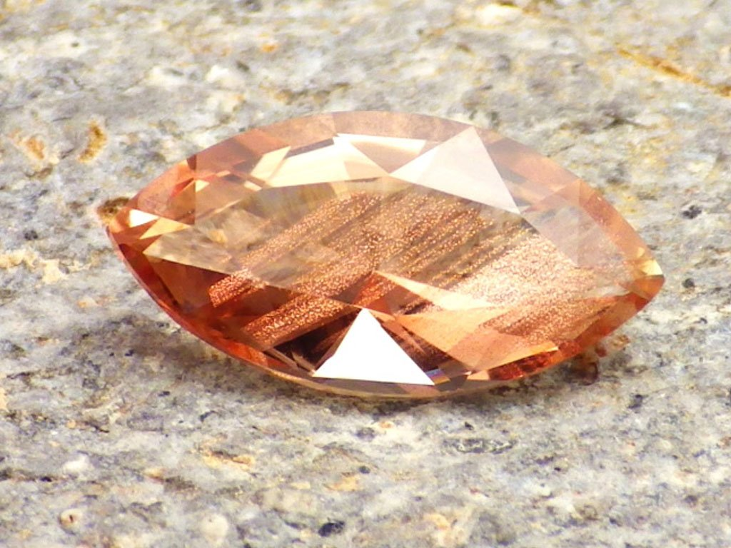 2.68 ct Oregon Sunstone DW3285 01