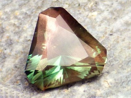 2.87 ct Oregon Sunstone DW3412 01