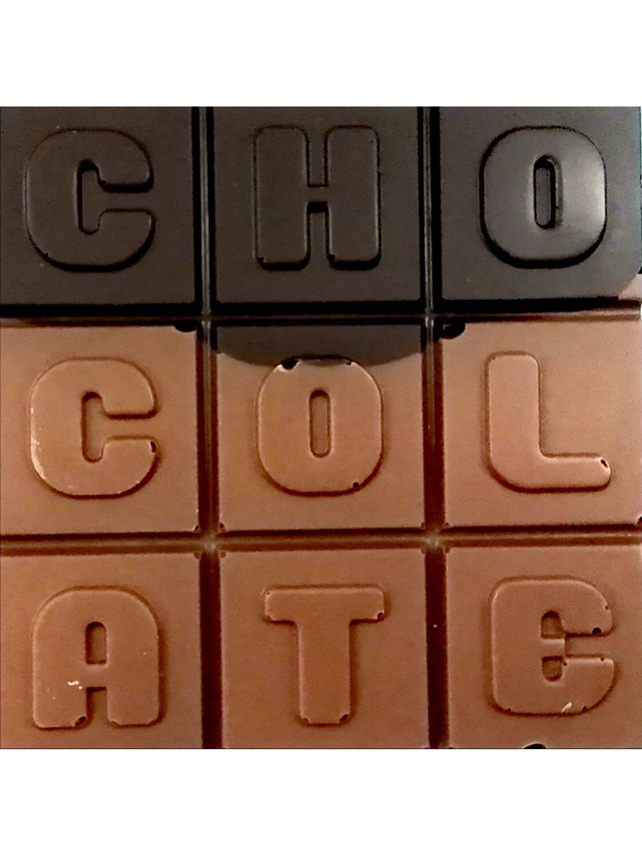Mléčno-hořká čokoláda slazená stévií