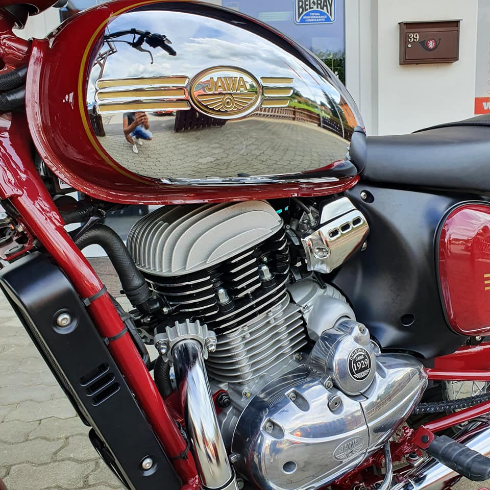 Indická Jawa 300 CL zvuk motoru