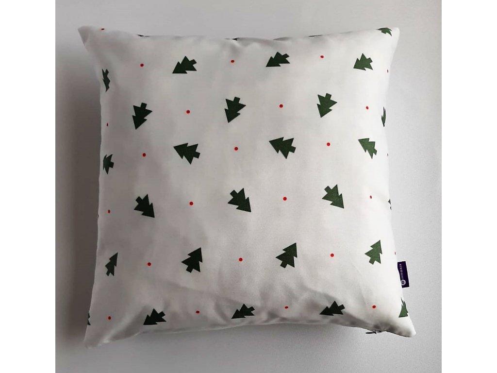 polštář a povlak vánoční zelené stromečky ,červený puntík na bílém podkladu