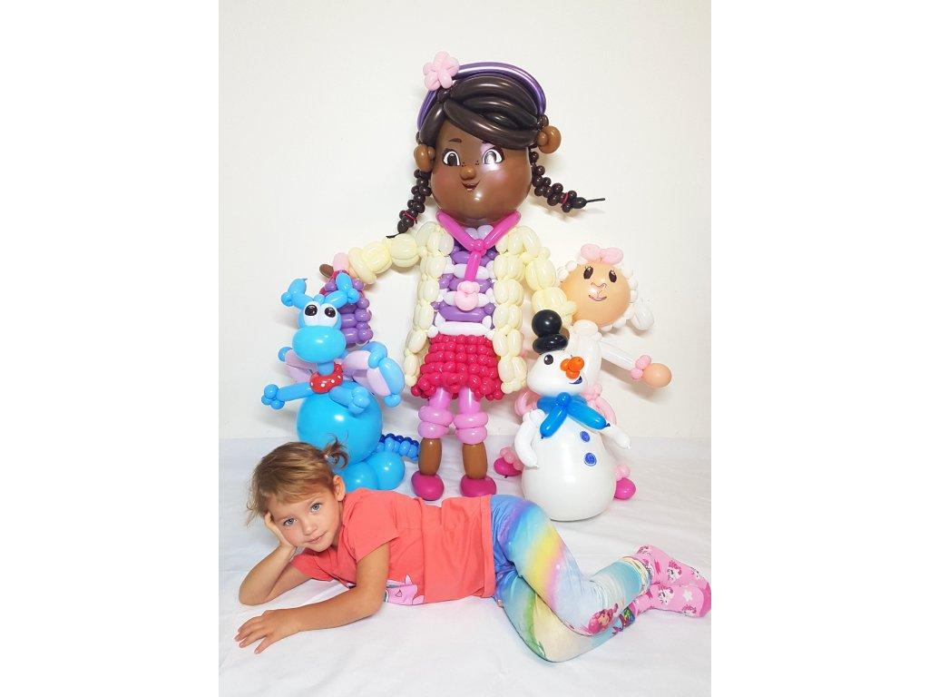 doktorka plyšáková z balónků balónky dárek pro děti dárky hračka (5)