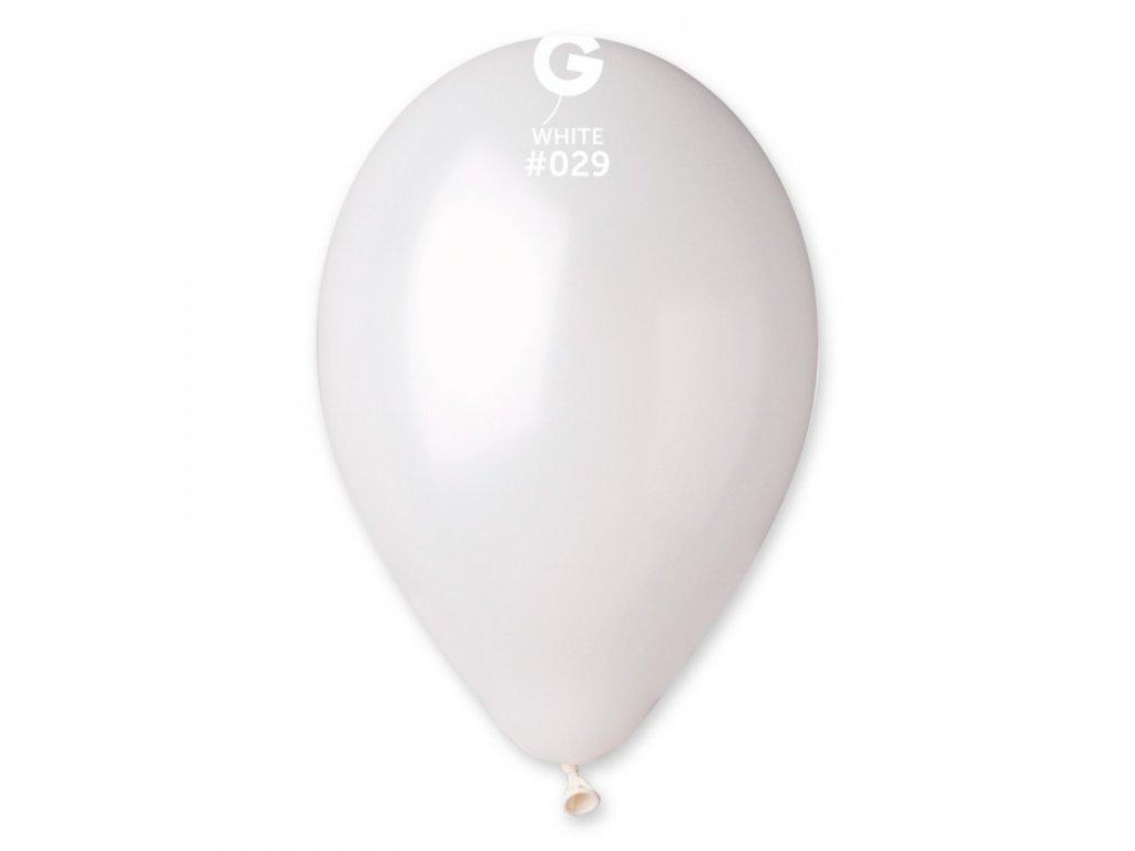 bílý balónek