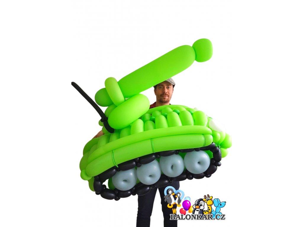 tank z balónků
