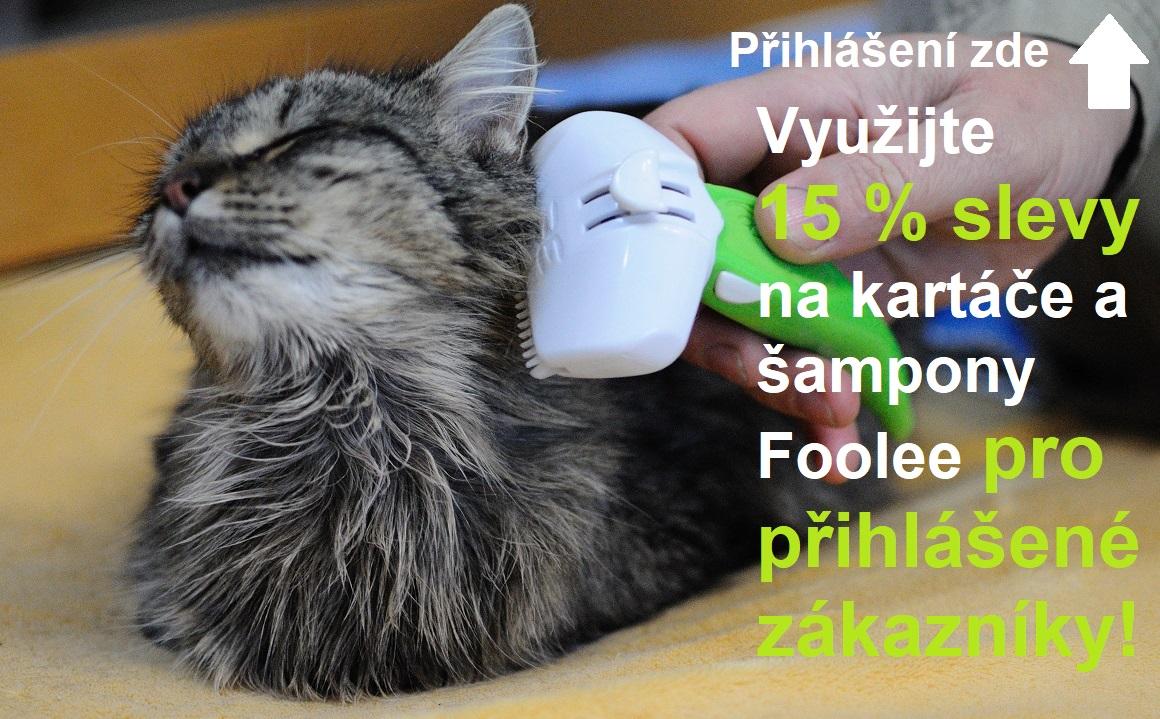 Kartáč foolee easee vyčesává kočku