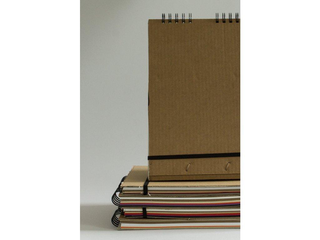 Upcyklovaný deník A4