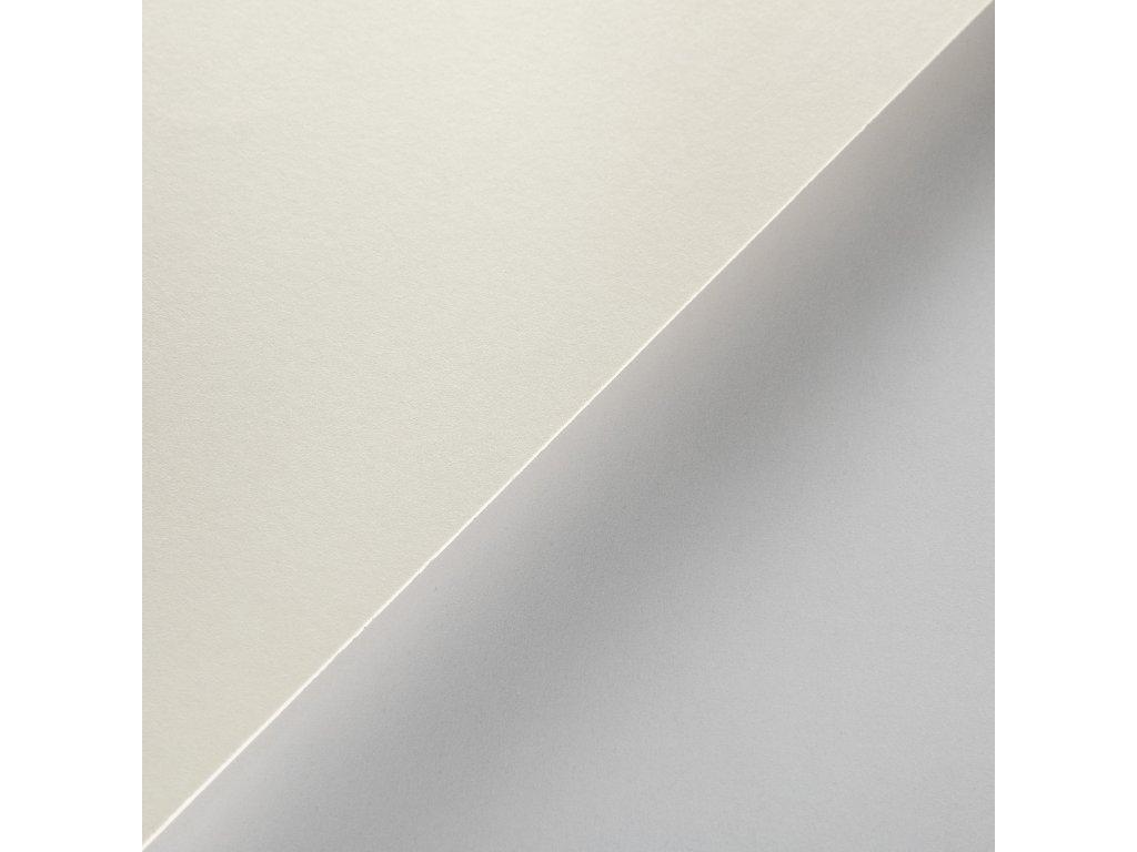 Munken Pure, 600 g, 72 x 102, satinovaný krémový