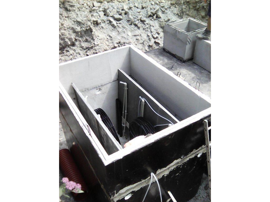 Čistírna odpadních vod pro 30 osob - Hellstein STMH27  - bezúdržbová 3stupňová technologie