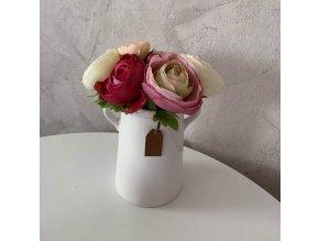 růžovo smetanový