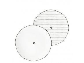 Side Plate Ass(2x12)white edge & heart black 13cm
