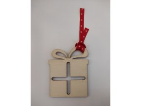 Ozdoba dřevěná dáreček