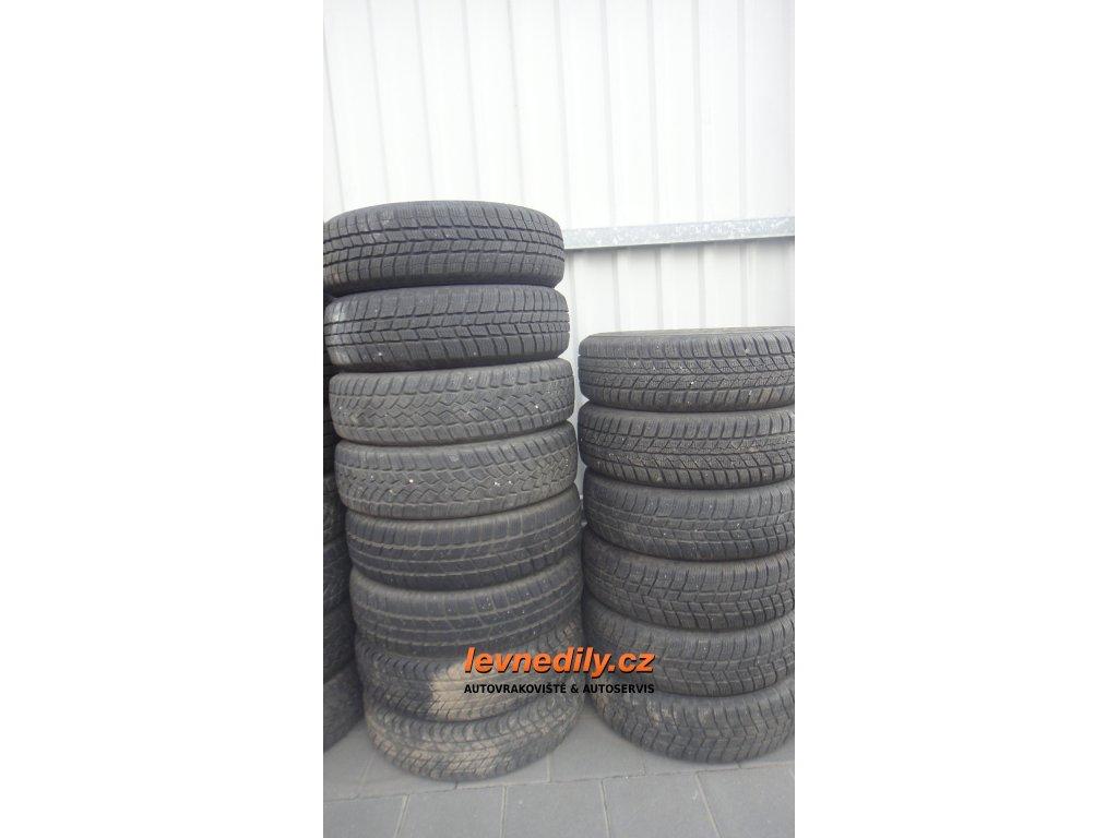 Zimní pneu 155/70 R13