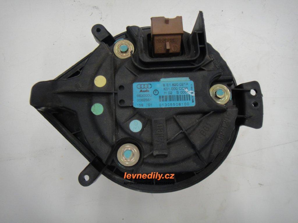 Ventilátor topení 8E1820021A Audi Seat