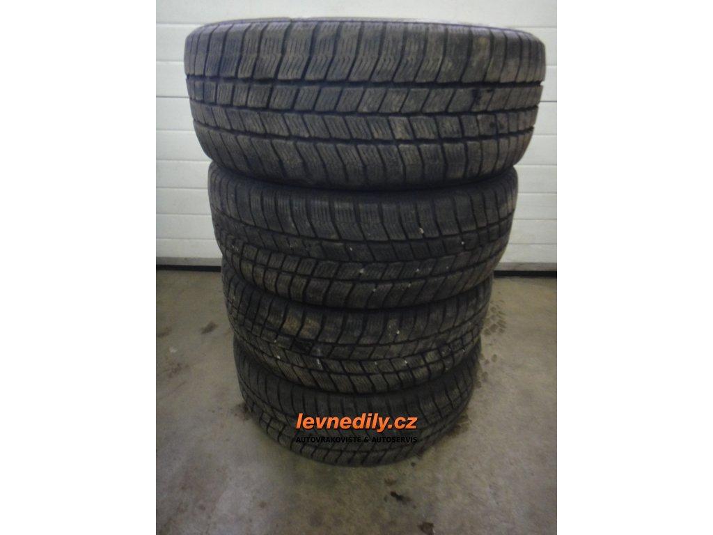 Zimní pneu Barum Polaris 3 205/55 R16 94H XL