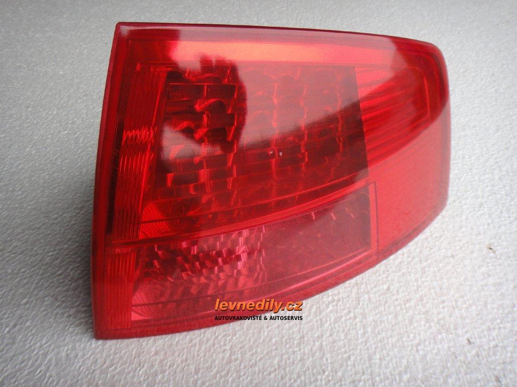 Pravé zadní světlo Audi A8 4E0945096C vnější
