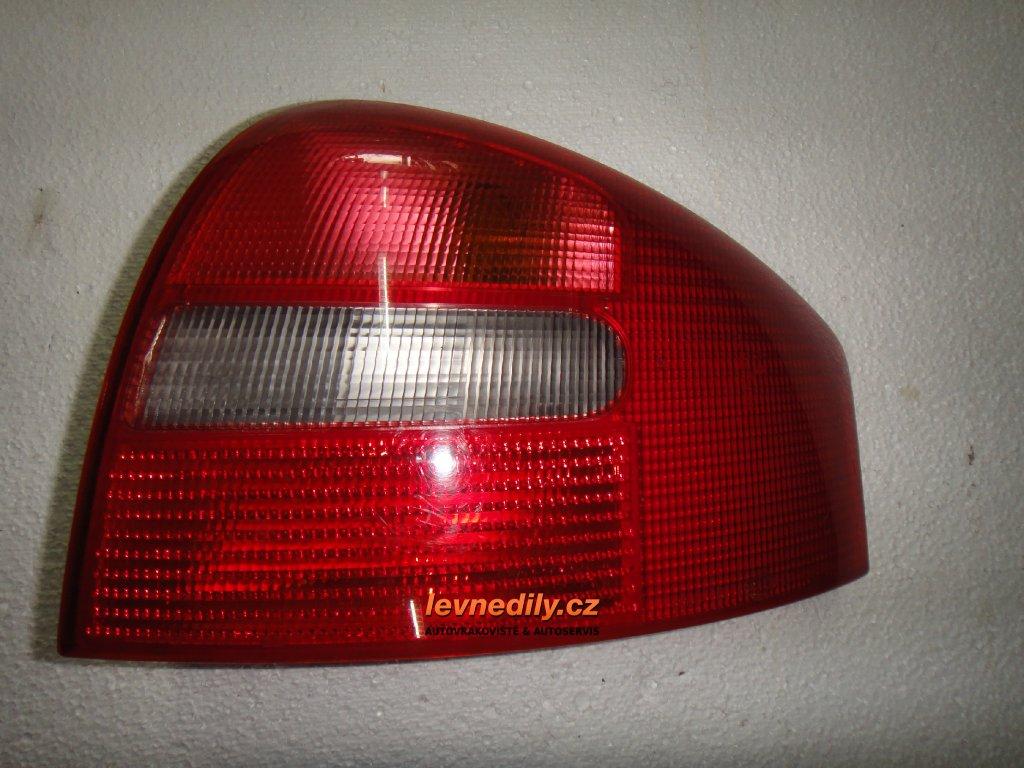Pravé zadní světlo Audi A6 4B5945096