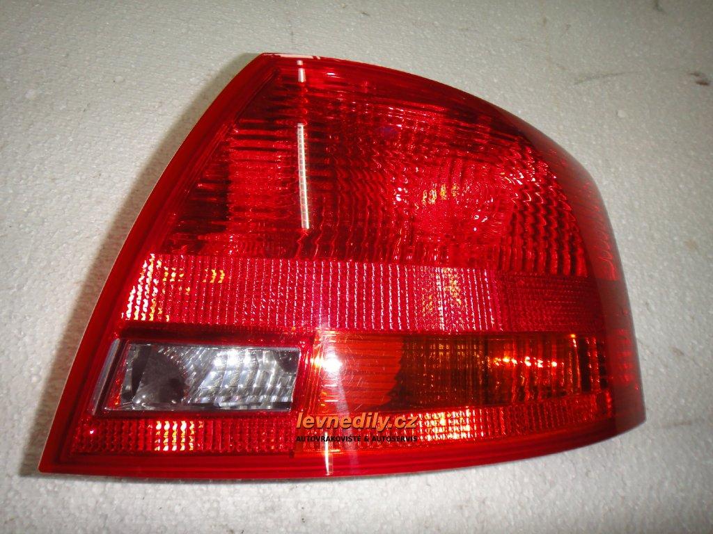 Pravé zadní světlo Audi A4 8E9945096E vnější