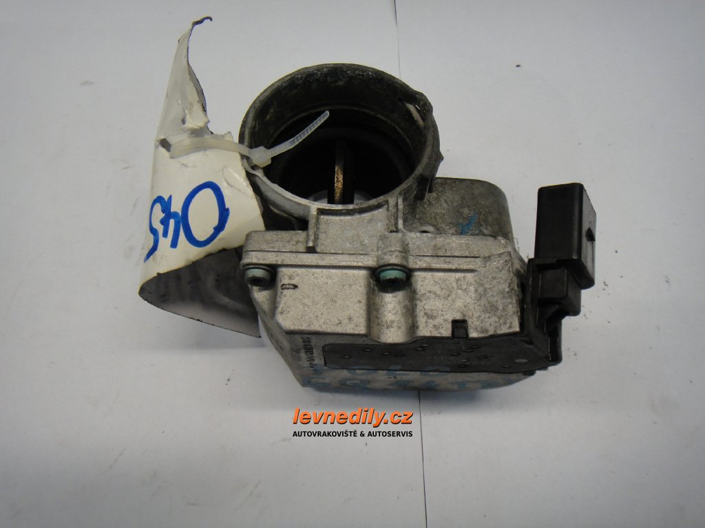 Škrtící klapka, klapka sání VW Audi Škoda Seat 045128063G