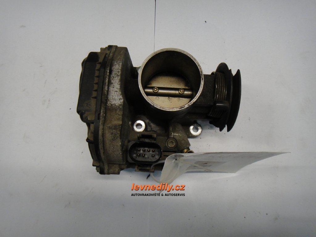 Škrtící klapka, klapka sání VW Škoda Seat 030133064D