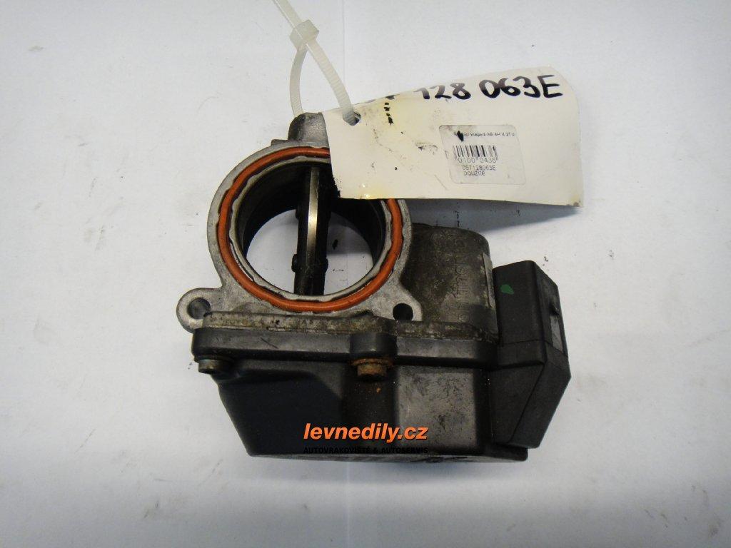 Škrtící klapka, klapka sání VW Audi 057128063E