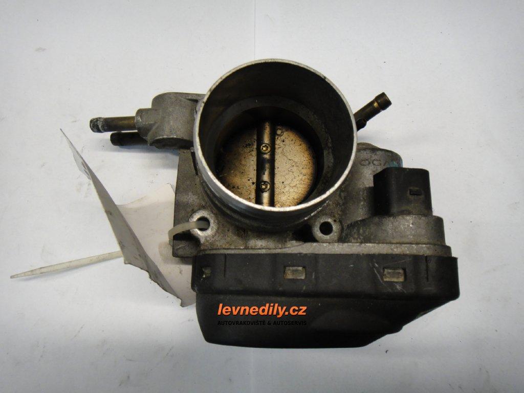 Škrtící klapka, klapka sání VW 06B133062F