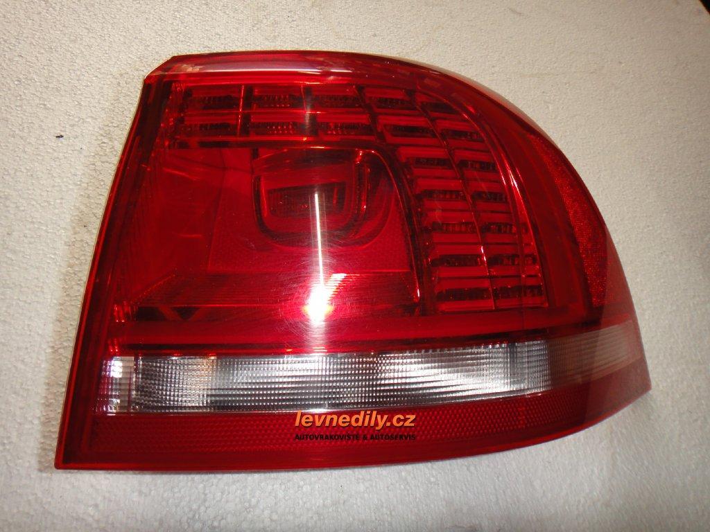 Pravé zadní led světlo VW Touareg 7P6945208 vnější