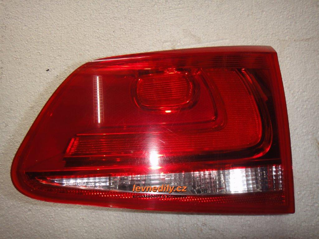 Pravé zadní světlo VW Touareg 7P6945094C vnitřní