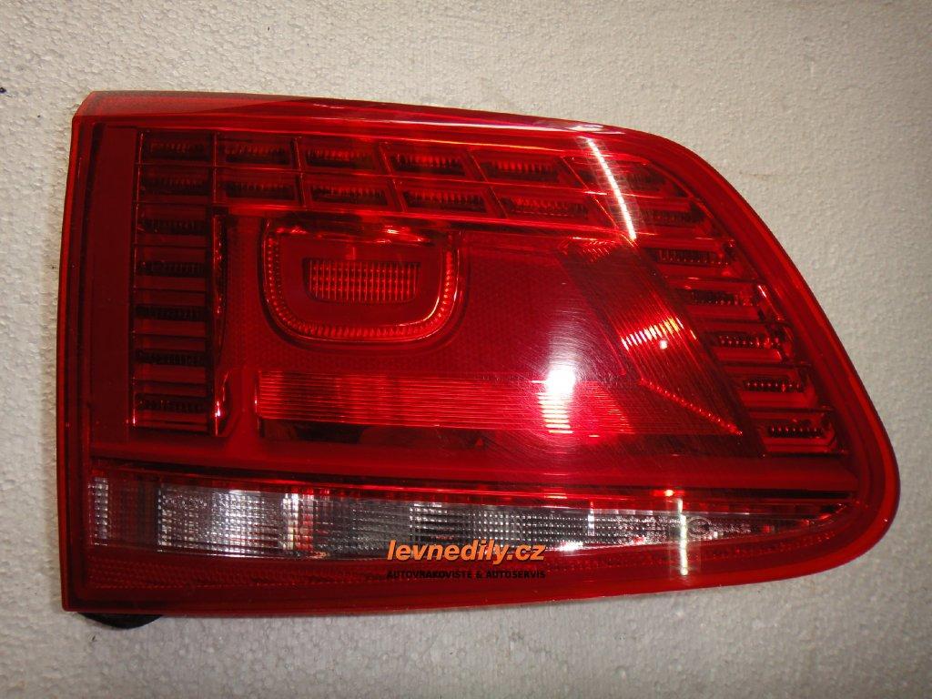 Levé zadní led světlo VW Touareg 7P6945307 vnitřní